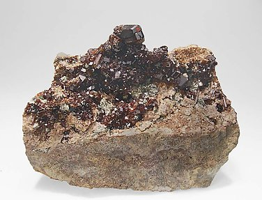 Grossular (hessonite) with Clinochlore.