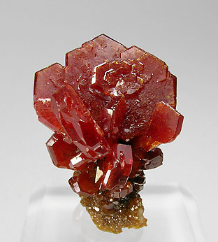 Vanadinite with Baryte. Front