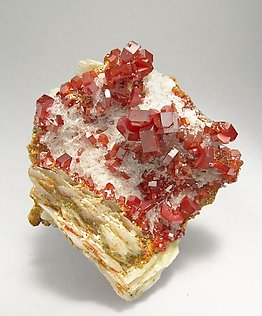 Vanadinite with Baryte and Gypsum. Side