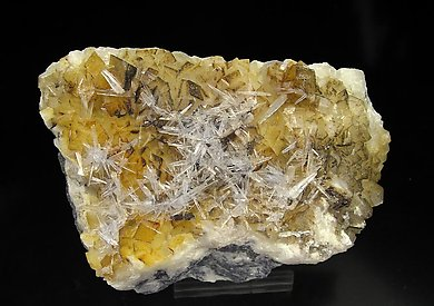 Aragonite with Dolomite.
