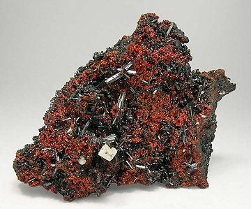 Gaudefroyite with Andradite and Baryte.