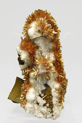 Inesite with Calcite.