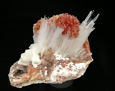Inesite with Natrolite.