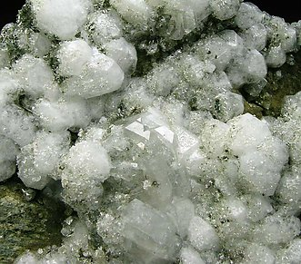 Analcime with Fluorapophyllite-(K).
