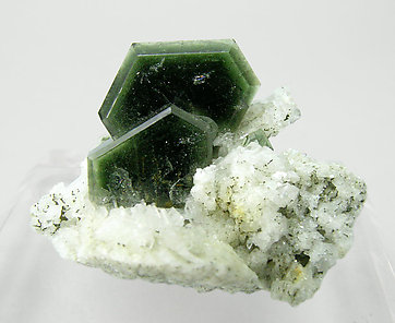 Fluorapatite with Albite. Front
