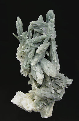 Quartz with Dolomite.