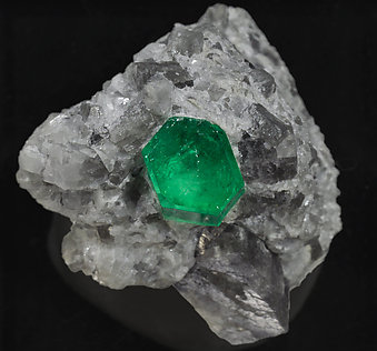 Beryl (variety emerald) on Calcite. Top