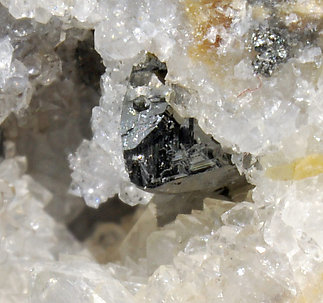 Freibergite with Siderite and Quartz.