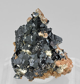 Hausmannite with Andradite.