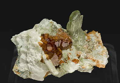 Diopside with Grossular (Hessonite).