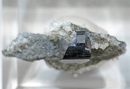 Anatase with Albite. Top