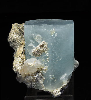 Beryl (variety aquamarine) with Muscovite and Quartz. Front