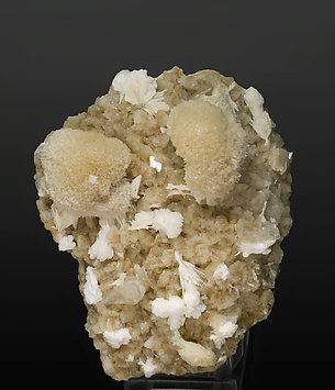 Mesolite with Heulandite-Ca and Laumontite.