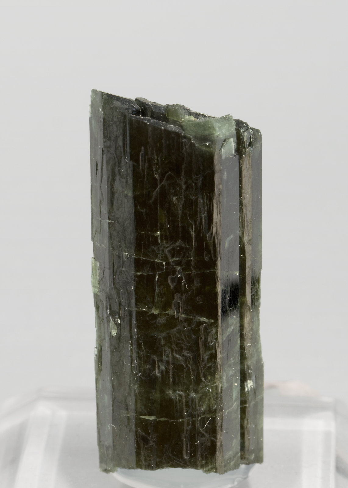 specimens/s_imagesR9/Tremolite-GB16R9f.jpg