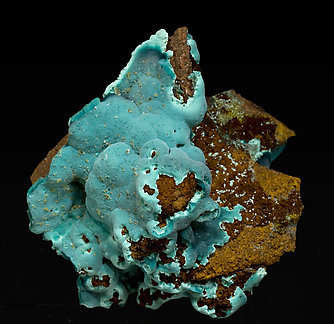 Rosasite with Wulfenite. Front