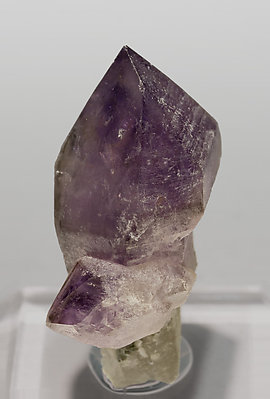 Quartz (variety amethyst and scepter).