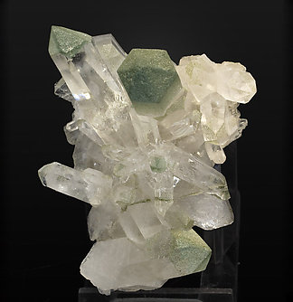 Quartz with Chlorite. Top