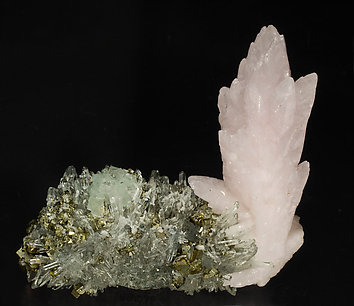 Calcite with Fluorite, Chalcopyrite and Quartz. Front