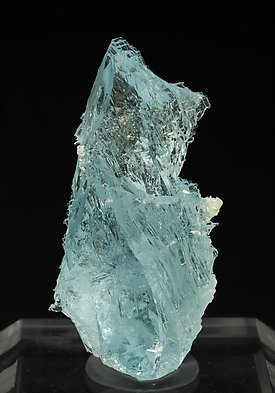Topaz with Albite. Front
