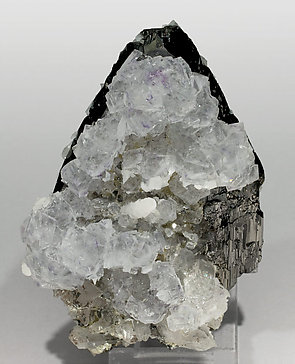 Fluorite with Ferberite, Calcite and Quartz. Front