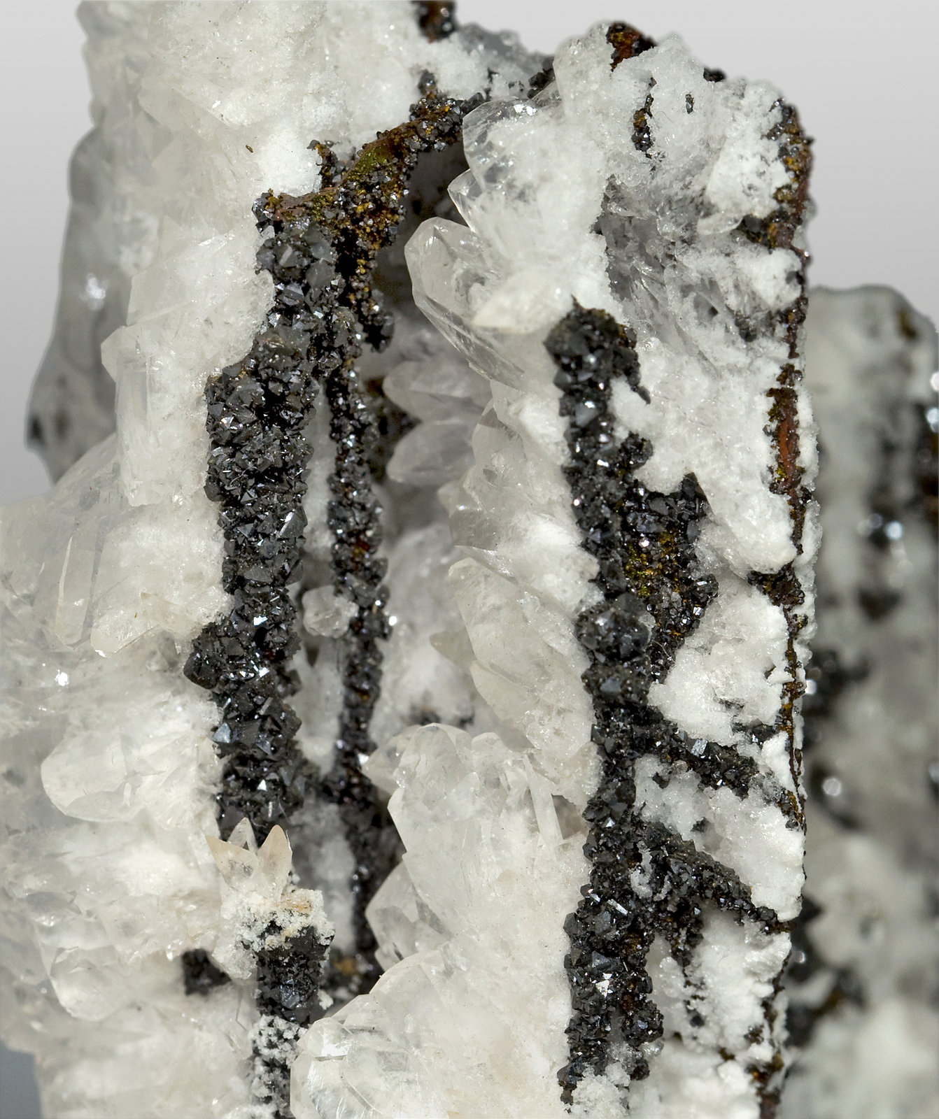 specimens/s_imagesT4/Descloizite-NK86T4d.jpg