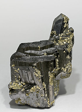 Ferberite with Siderite. Front