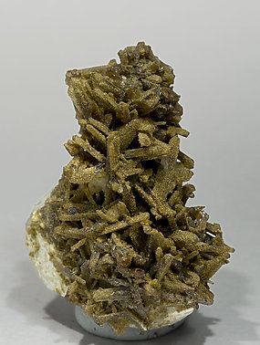 Childrenite with Roscherite, Quartz and Albite.