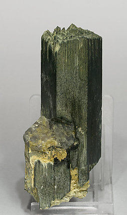 Arfvedsonite with smoky Quartz. Rear