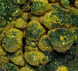 Pyromorphite with Malachite.