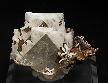 Baryte with Dioptase. Front