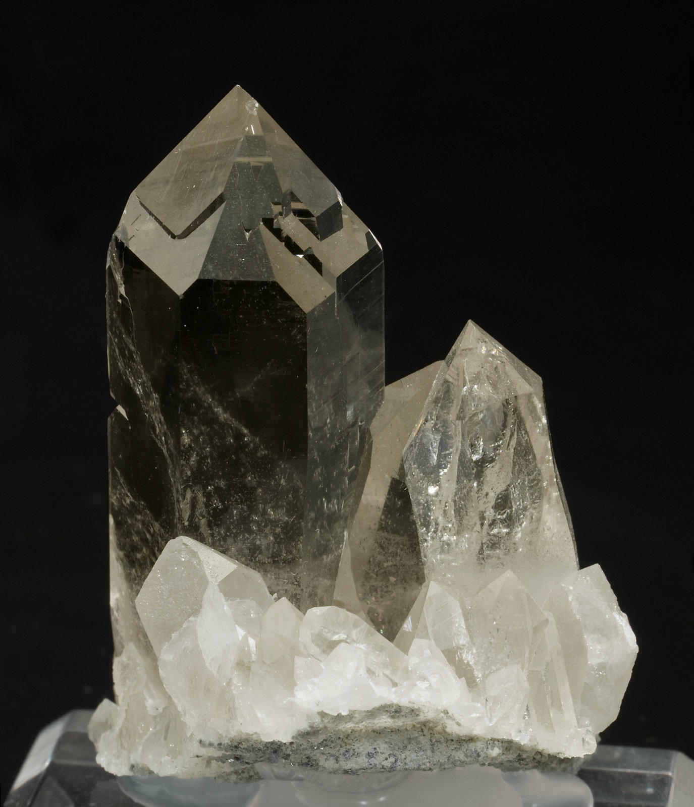specimens/s_imagesV5/Quartz-RD14V5r.jpg