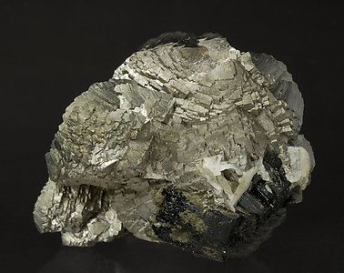 Arsenopyrite with Ilvaite. Rear