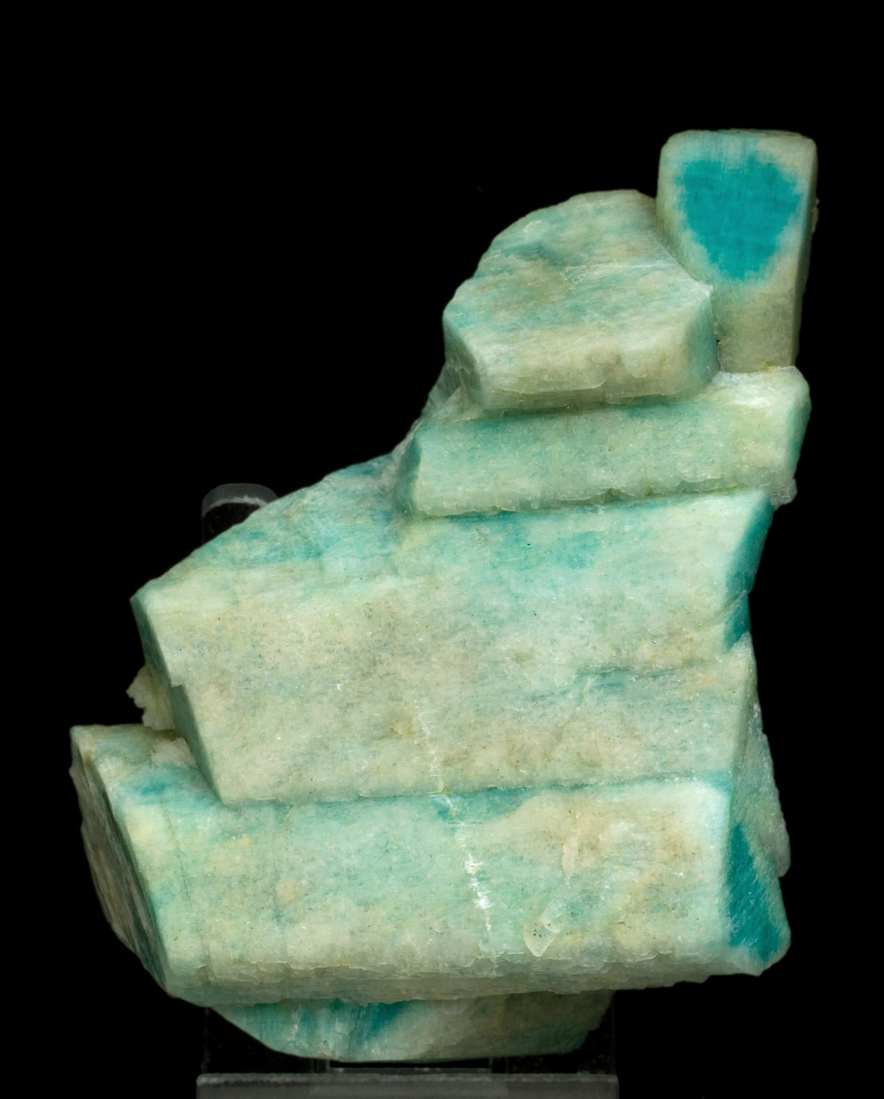 specimens/s_imagesW0/Amazonite-JA46W0.jpg