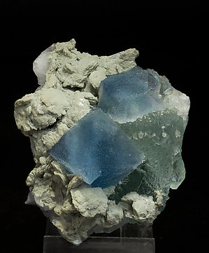 Fluorite with Calcite. Side