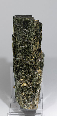 Hedenbergite with Quartz and Calcite.