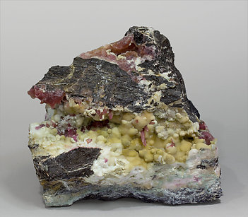 Cobaltoan Calcite with Calcite and Aurichalcite.