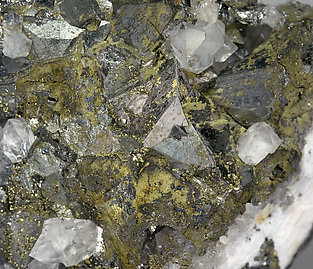 Tetrahedrite with Chalcopyrite and Quartz.