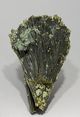 Epidote with Quartz. Rear
