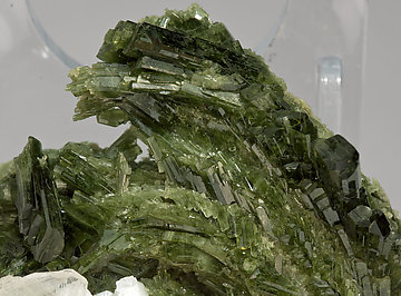 Diopside with Calcite.