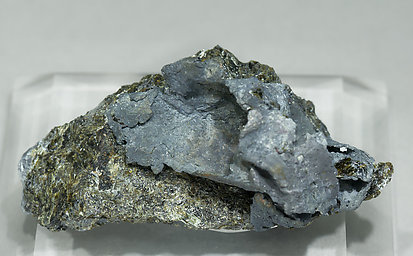 Lead with Epidote. Front