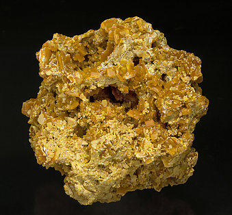 Wulfenite. Front