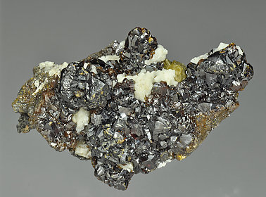 Sphalerite with Dolomite and Siderite.
