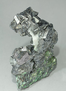 Gersdorffite with Calcite. Side