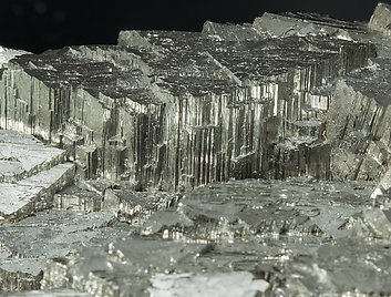 Arsenopyrite with Calcite.