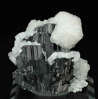 Ferberite with Calcite-Dolomite, Muscovite and Pyrite. Front
