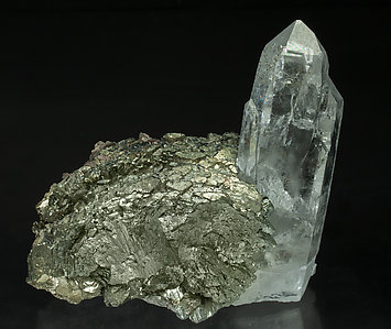 Arsenopyrite-Marcasite with Quartz with inclusions and Muscovite.