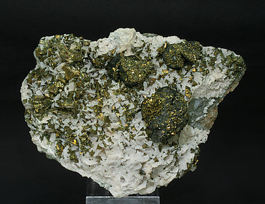 Chalcopyrite with Sphalerite and Dolomite.