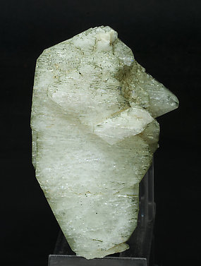 Orthoclase (variety adularia) with Chlorite. Front