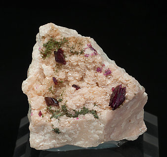 Wendwilsonite with Calcite and Cobaltaustinite.