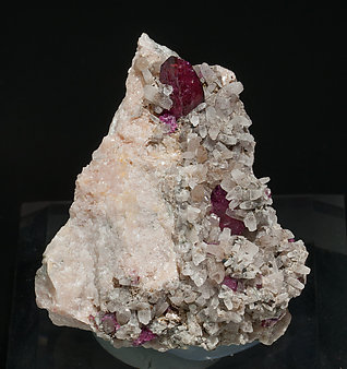 Wendwilsonite with Calcite.